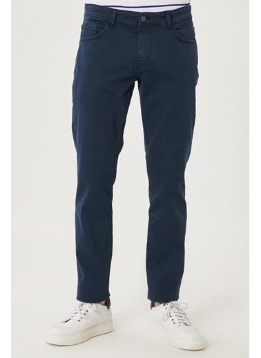 Altınyıldız Classics 360 Derece Her Yöne Esneyen Rahat Slim Fit Pantolon 4A0121200002 Lacivert